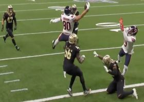 Can't-Miss Play: Jimmy Graham snags absurd one-hand TD, walks off into tunnel