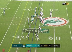 Alshon Jeffery uses big frame to corral 16-yard floater from Wentz