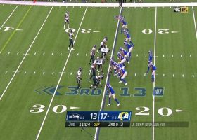 Goff steps up in pocket to deliver 17-yard third-down strike