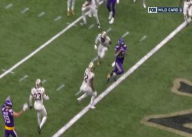 Cook caps Vikes' clinical two-minute drill with TD on cutback run