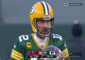 Aaron Rodgers completes no-look throw to A.J. Dillon for a first down