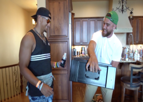 Travis Kelce surprises Patrick Mahomes with 'Madden' 99 Club reveal