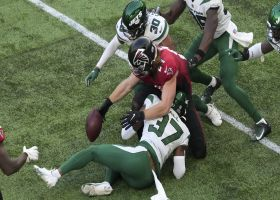 Hayden Hurst fumbles, Jets recover in key red-zone stop