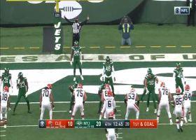 Kareem Hunt gives Browns hope with 4-yard TD run