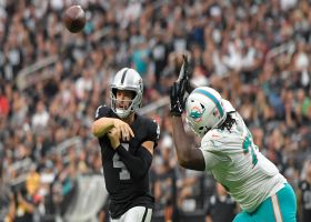 Carr masterfully navigates pocket for perfect touch pass to Edwards