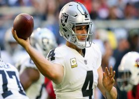 Carr rips sideline dime to Ateman for 32 yards