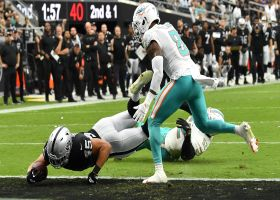 Carr dissects Dolphins defenders on TD dart to Ingold