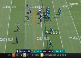 Trevor Lawrence's marvelous escape results in 22-yard Tavon Austin grab