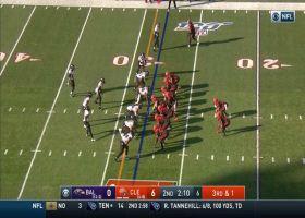 Jaylon Ferguson sniffs out odd Browns play for big TFL