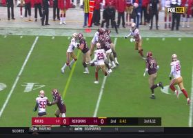 Wendell Smallwood takes third-down screen pass 18 yards to move chains