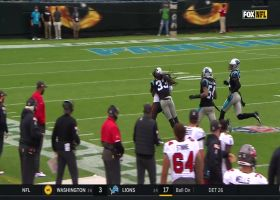 Chris Godwin slips by CB on elusive 31-yard catch and run