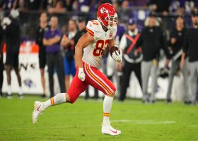 Can't-Miss Play: Can't catch Kelce! TE weaves through defense for 46-yard TD