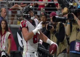 Matt Ryan floats third TD pass of the day to TE Austin Hooper