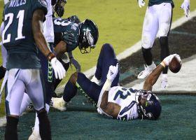 Chris Carson refuses to be stopped on bullish 16-yard TD run