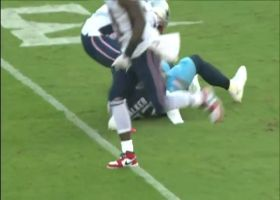 Delanie Walker hauls in sliding catch for 15 yards