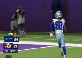 Ezekiel Elliott flips it to CeeDee Lamb for two-point conversation