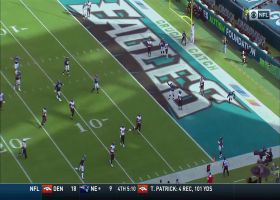 Wentz throws LB aside on improv TD pass to wide-open Croom