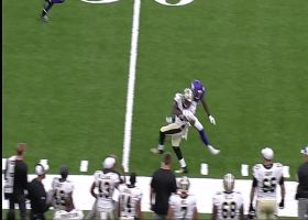 Teddy B tosses absolute DIME back-shoulder throw for 32 yards