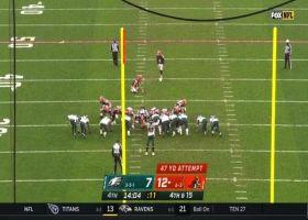 Derek Barnett blocks Cody Parkey's 47-yard field-goal attempt