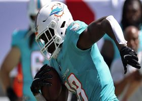 Preston Williams' foot placement is on point for toe-tap grab