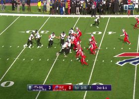 Bills bottle up Lamar Jackson for losses on consecutive plays