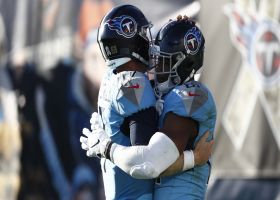 Jonnu Smith hauls in TD pass to put Titans up BIG