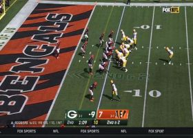 Rodgers passes Rivers with career TD pass No. 422