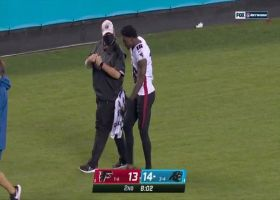 Calvin Ridley exits game with apparent injury after 19-yard grab