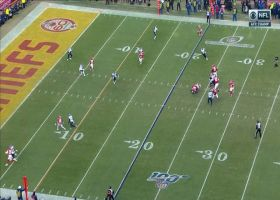 Patrick Mahomes unleashes laser TD throw up the seam to Tyreek Hill