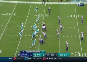 Fitzpatrick fires 18-yard pass to Allen Hurns to move chains on third down