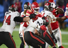 Chiefs envelop Tom Brady for big third-down sack