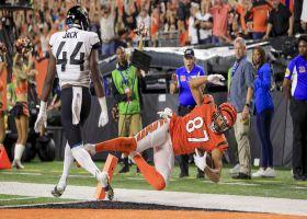 Uzomah's sweet cutback turns Burrow's off-platform flick into 22-yard TD
