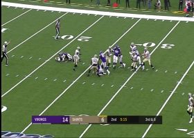 Holmes plants Teddy B for huge loss on third-down sack