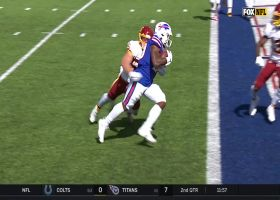 Josh Allen buys time for dump-off TD to Zack Moss