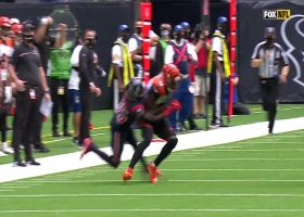 Brandon Allen lofts 33-yard pass into A.J. Green's bucket