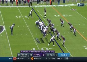 Marlon Humphrey flies towards Derrick Henry for 5-yard loss