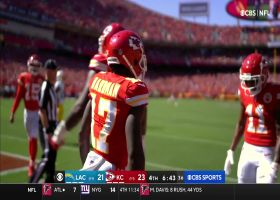 Mecole Hardman reclaims lead for Chiefs on fly-sweep TD