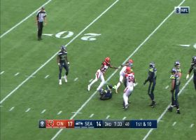 Bengals swarm Russell Wilson for back-to-back sacks