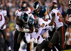 Eagles' O-line paves way for Sanders' 14-yard pickup