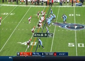 Browns chop down Derrick Henry for fourth-and-1 stop