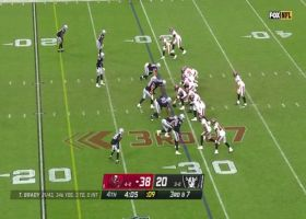 Tom Brady lobs rainbow down left sideline to Evans for 17 yards
