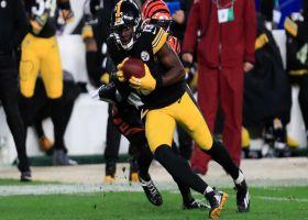 James Washington makes nifty adjustment for 16-yard gain