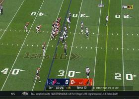 Kareem Hunt becomes tackle-breaking machine on 17-yard run