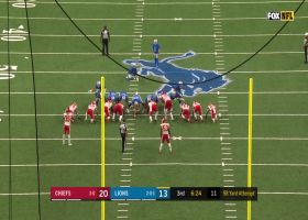 Prater stays perfect on the day with 53-yard FG following Chiefs penalty