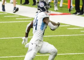 Corey Davis scampers through Vikings for 38-yard catch and run