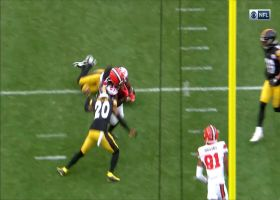 Kareem Hunt crosses up Steelers on 'Texas' route for powerful TD