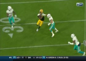 Marcedes Lewis turns short pass into 30-yard gain