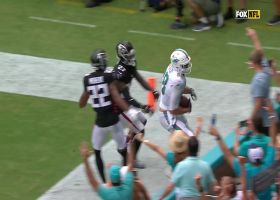 Can't-Miss Play: Gesicki soars into stands after Mossing DB for TD