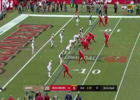 Peyton Barber runs perfect route for 6-yard TD catch