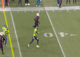 DeAndre Hopkins slips defender for elusive 23-yard pickup